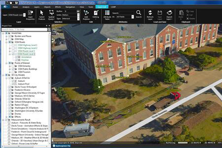 How to stream GIS data into a VR environment